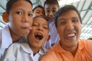 Aulas com refugiados na Tailândia