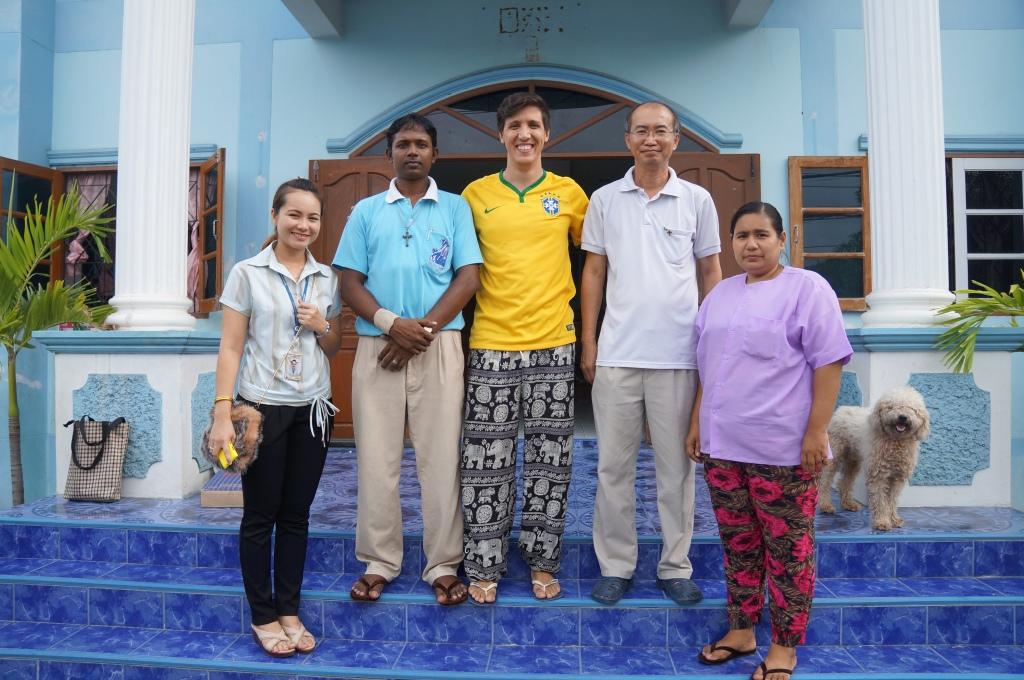 Equipe de Professores - Samut Sakhon